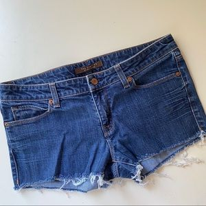 Limited cut off jean shorts